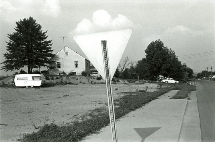 "Thoughts on Lee Friedlander's Knoxville, Tennessee, 1971 and ""straight"" photography"
