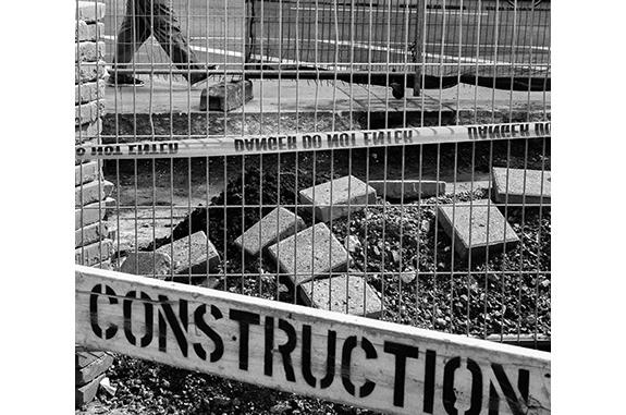 Urban Inmate P1080265 (black and white photograph)